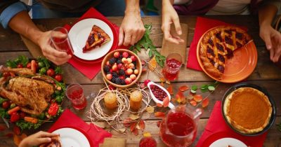 How can I have a healthy holidays?