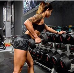 10 TIPS FOR STRENGTH TRAINING FOR WOMEN