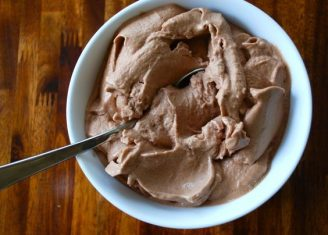 CHOCOLATE PROTEIN ICE CREAM