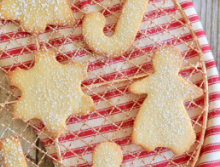Keto sugar cookies 652x435 1