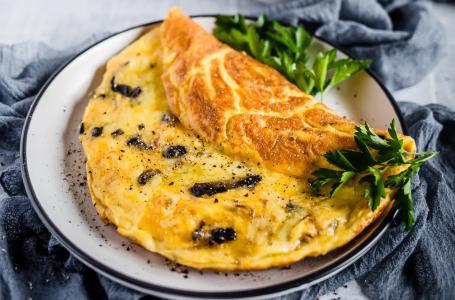 Mushroom Cheese Omelet Keto