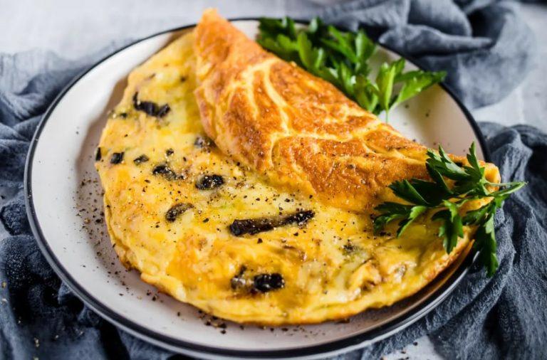 Mushroom Cheese Omelet Keto Recipe