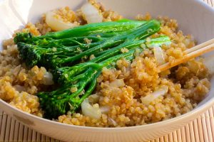 High Protein Quinoa Stir Fry for Weight Loss