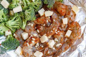 Keto Baked Shrimp Broccoli with Garlic Lemon Butter preparation 2