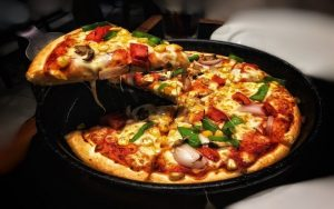 Deep-Dish-Pizza-Keto